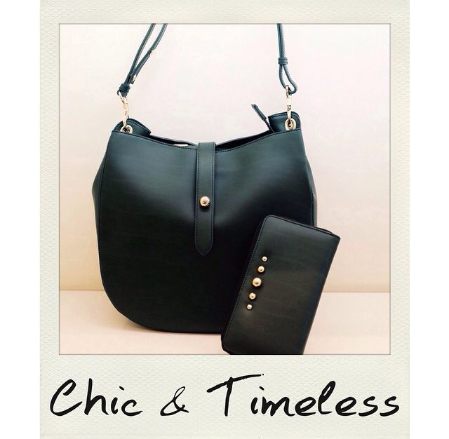 Chic and timeless pieces from Frida line by Tosca Blu
