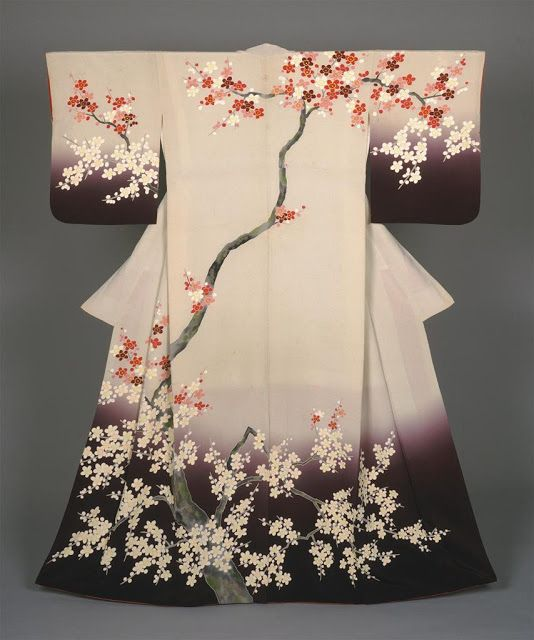 Silk embroidery: Cherry blossom tree  Vision On Fashion: Kimono Mode