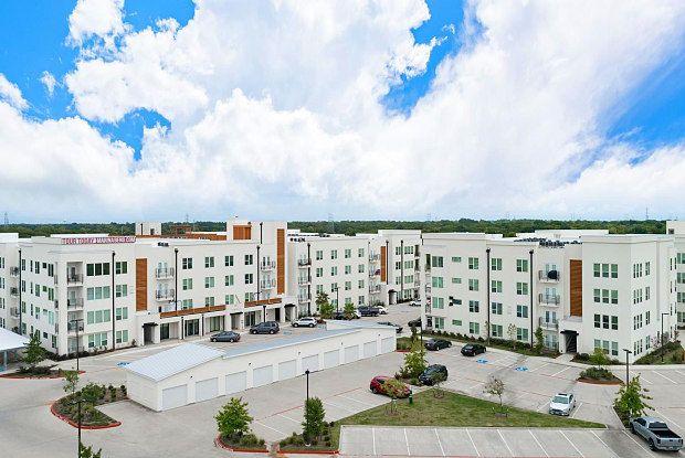 Marina Bend At Clear Creek Apartments 350 N Wesley Dr League City Tx 77573 League City Apartments For Rent Apartment