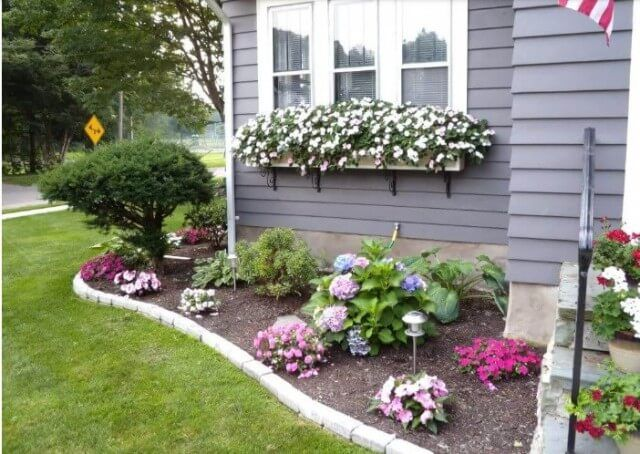 49 Front Yard Landscaping Ideas