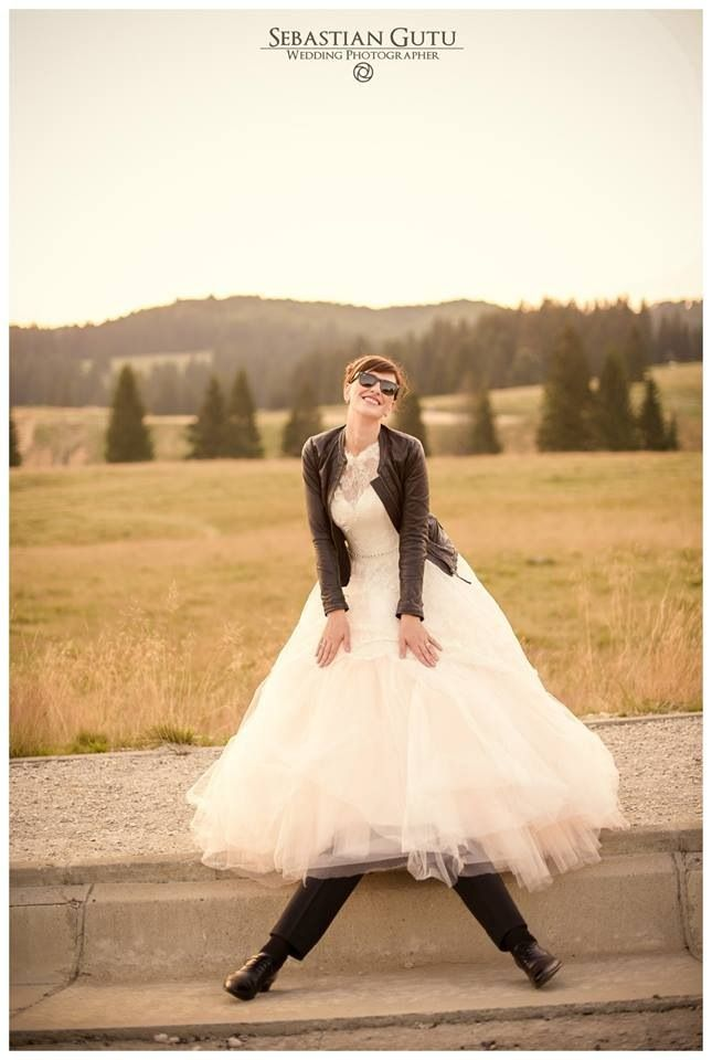 #Wedding #funny #legs