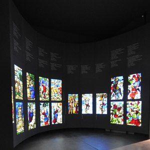 Sistemi espositivi Museofab per allestimenti museali. Espositore per vetrate, Museo del Duomo di Milano