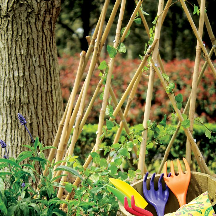 Ideal for climbing plants, weaving activities, and displays! Expands to desired size