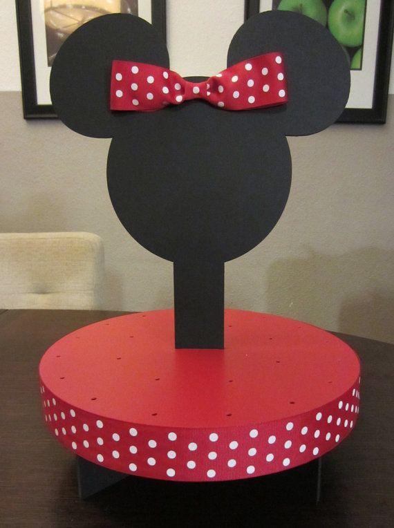Cute cupcake stand idea.