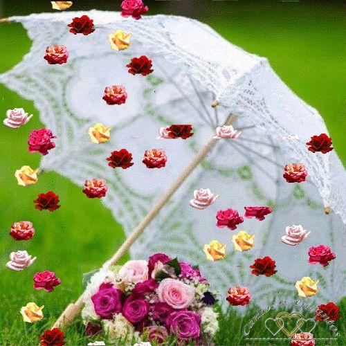 Para hoy está pronosticado lluvia de besos! vientos de caricias! y relámpagos de amor Te recomiendo abrigarte en los Brazos de Dios ya que la tormenta Va a ser fuerte y refugiarte en su corazón Te mando un gran abrazo y muchas Bendiciones