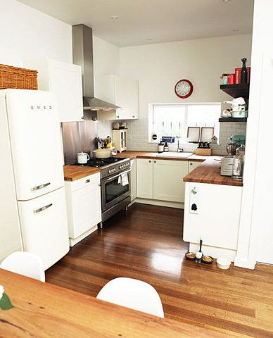 Range cooker in small kitchen house kitchen diner - Amenagement petite cuisine ikea ...
