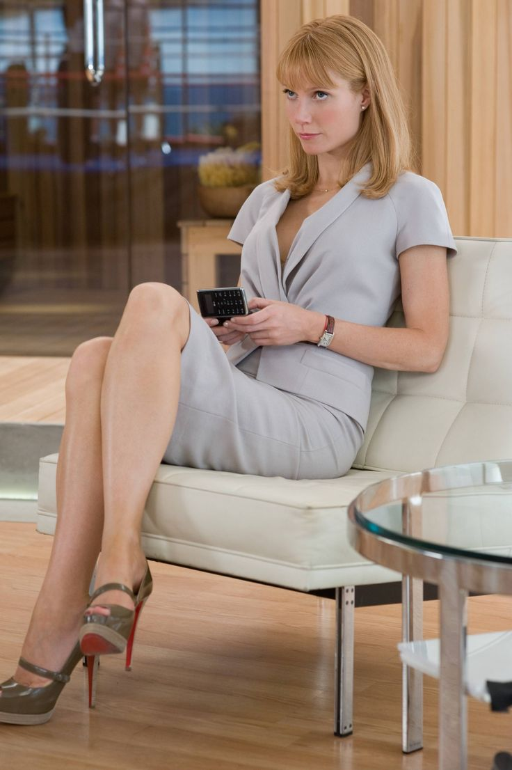 Pepper Potts is an easy, easy fit. This photo reminds me a lot of Michelle Pfeiffer in Scarface.