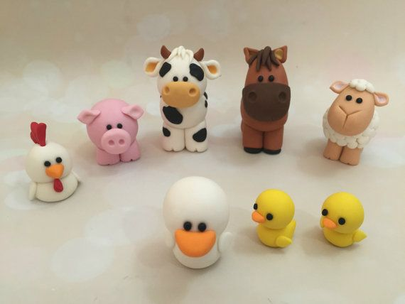 Set of 8 edible farm animal cake toppers, handmade with fondant by Food Licensed business located in Cairns, QLD Australia. Includes cow, horse,