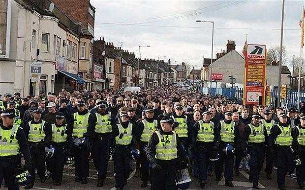 Millwall fans 'n Luton Popo