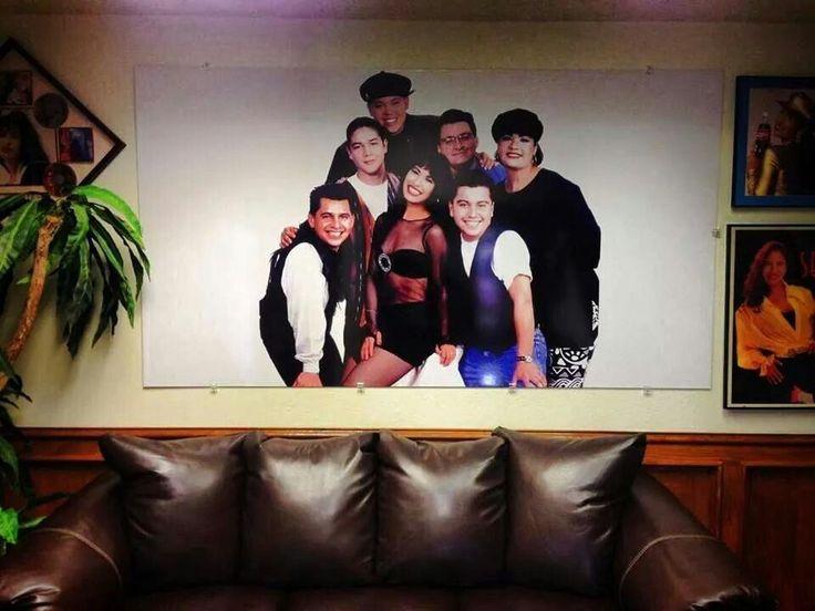 Very nice photo in the Selena Museum lobby