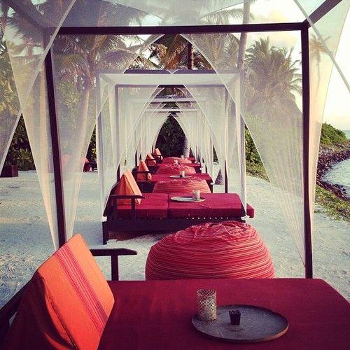 frenchinhalechanelxoxo:  aztec-dreams:  queenrosy:  euflohria:  rosy here♡  ♡ happiness ♡   http://aztec-dreams.tumblr.com/  chαηεℓ