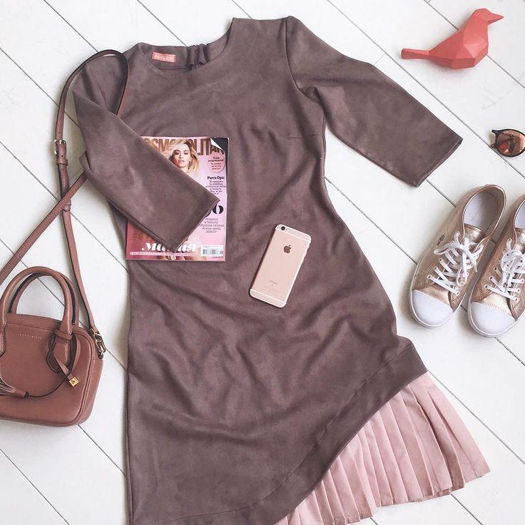 Настоящей находкой всех #felicity_girls станет платье L.A. из натурального замша с игривым рюшем. Доступно в цвете пыльной сливы и хаки.  ( outfit fashion dress streetstyle вид лук лукдня одежда women woman style model outfits fall )