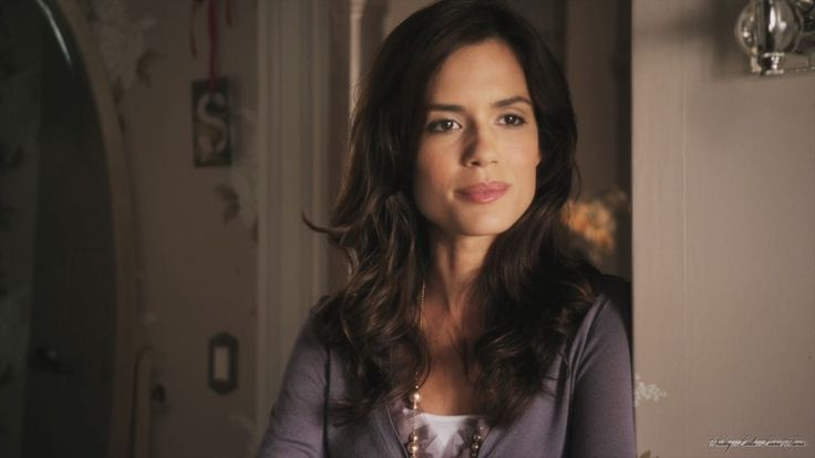 Melissa Hastings Pretty Little Liars Season 1 Episode 10 Keep Your Friends Close