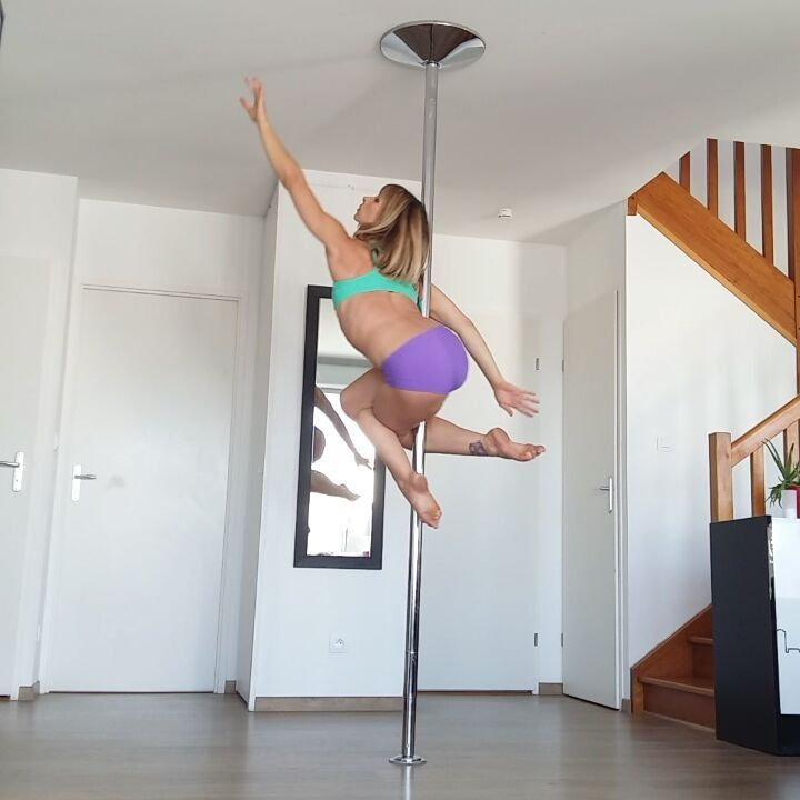 "611 Likes, 14 Comments - leslielili (@leslielili_pole) on Instagram: ""Easy but pretty spinning transitions #pole #poledance #poledancer #dance #dancer #training #workout…"""