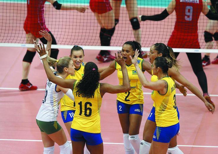 Avassalador no bloqueio, Brasil estreia com vitória sobre Japão no Grand Prix #globoesporte