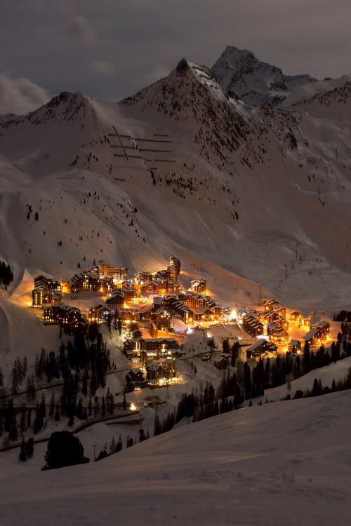 La Plagne, in the French Alps is one of the most breath taking places to visit! Omg this looks so romantic yet looks like an amazing place to have an adventure!