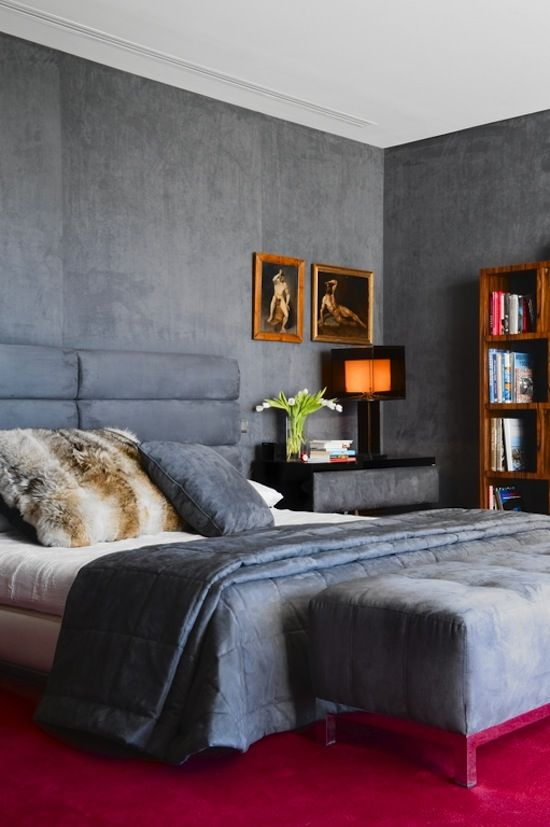 The Zhush: Style Stalking: Lorenzo Castillo Oohhhh the wall color and texture are gorgeous