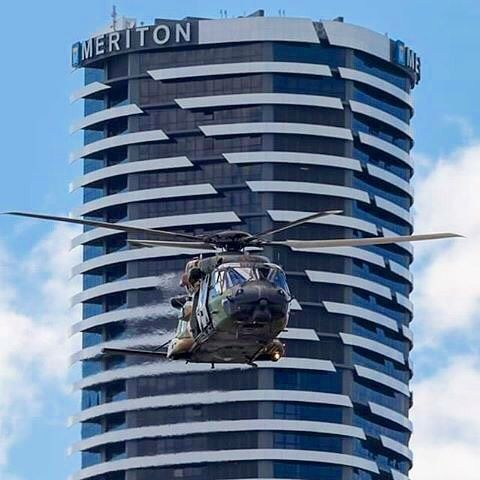 Did you see the ARH Tiger helicopter doing the practice run for this Saturday's  #SunSuperRiverFire ?   @ninologiudice