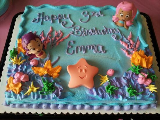 Bubble guppies cake  Had bakery make ocean design and I bought bubble guppies bath toys to put on it. 1000  ideas about Bubble Guppies Birthday Cake on Pinterest