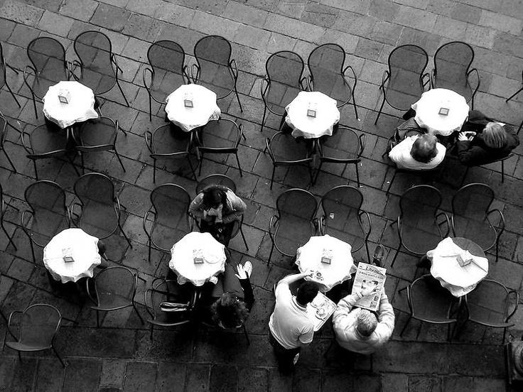 Tavoli e sedie by Orazio Bertolo @ http://adoroletuefoto.it