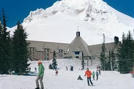 Awesome Travel Guides: Timberline Lodge, Mount Hood, Oregon