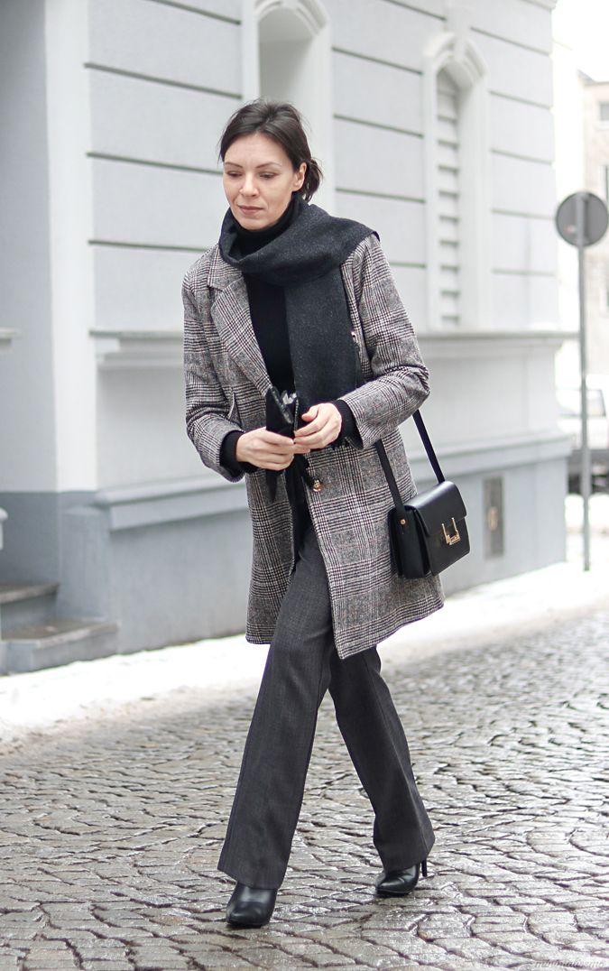 http://minimalissmo.blogspot.com/2017/01/stylizacja-minimalistyczna-blog-o-modzie.html grey coat