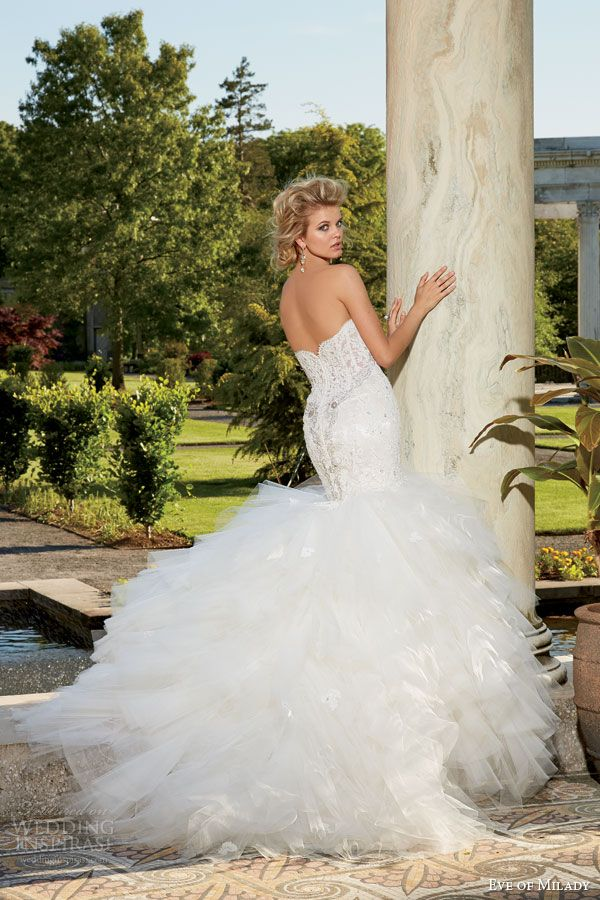 eve of milady fall 2014 2015 strapless fit flare mermaid wedding dress sweetheart neckline style 1535 back view