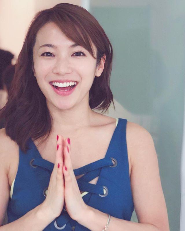 #内山理名 ORGANIC LIFE TOKYO 2018 ・ ・ 東京エリア最大級ヨガ&ライフスタイルイベント オーガニックライフ東京。 ・ チケット発売になりました… ♡今年は 4月20日(金)13時30分〜 60分のクラスを担当させて頂きます。女性限定ですので 身体についても少しトークしながら 楽しくクラスを進めていきたいと思っております。 ・ 詳しいクラス内容・チケット購入は 『オーガニックライフ東京2018 』検索してみてくださいね! ・ 一緒にヨガしませんか♡ ・ @organiclifetokyo #yoga #happy #3331artschiyoda #organiclifetokyo #ヨガ
