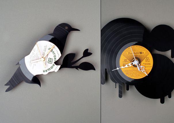 Relojes de pared hechos con discos viejos. Seguro todos tienen por lo menos uno en sus casas. Inspírense y a vender con Vendorama.co !