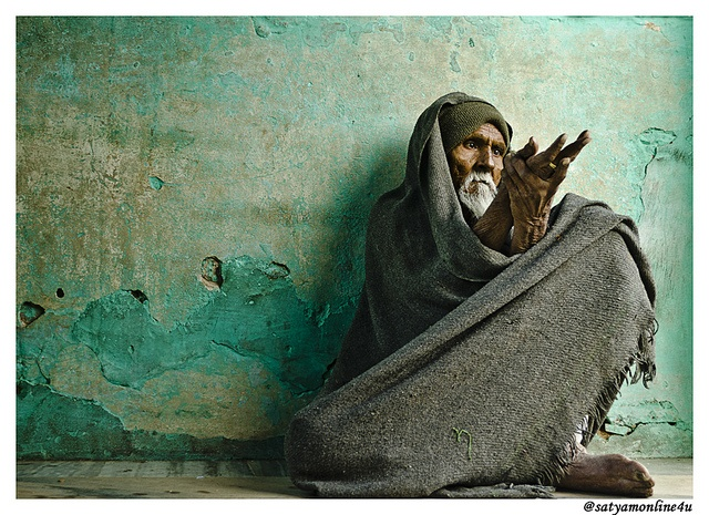 Beggar at Ajmer Shariff by Satyam Desai, via Flickr