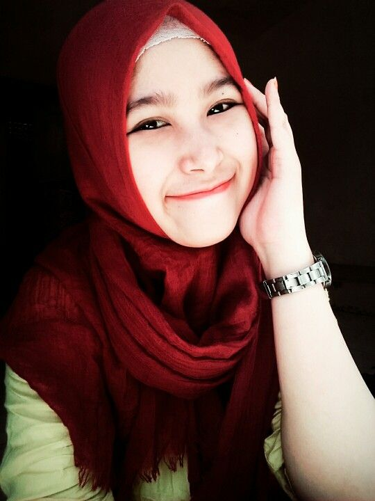 Your hijab is who you are #hijab #red #pasmina #daily #style #natural