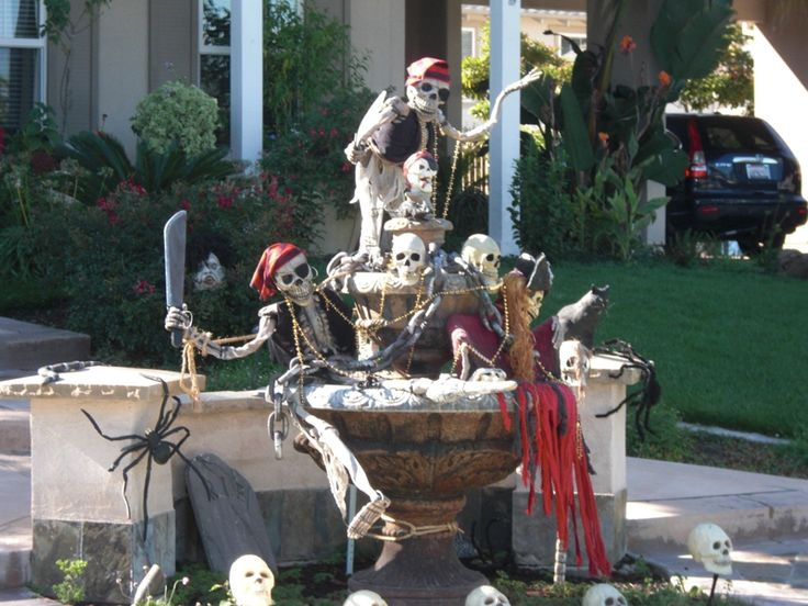 pirate halloween yard - Pirate Halloween Decorations