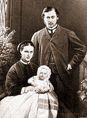 Edoardo figlio della Regina Vittoria con la moglie Alessandra di Danimarca e il primogenito Alberto Vittorio