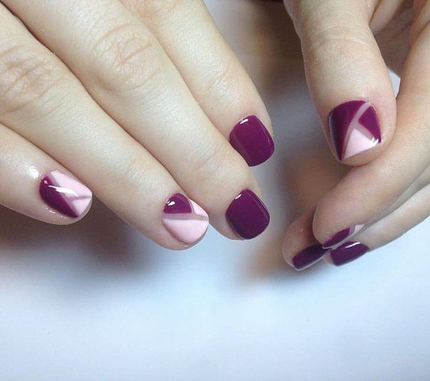 A pale pink and bright aubergine colours joined in the everyday manicure on short nails, perfectly complementing each other: a pink little softens the effe