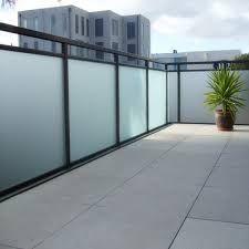 Résultats de recherche d'images pour « photos of tinted glass for patio railings »