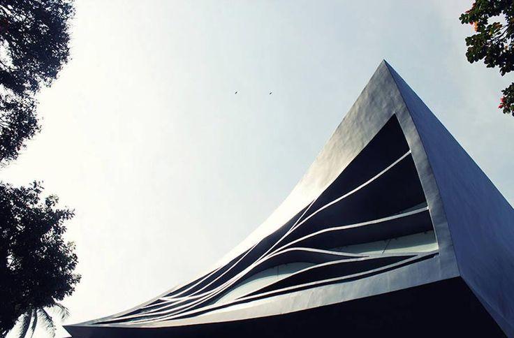 Villa Elastica - Indische Architektur https://www.langweiledich.net/villa-elastica/