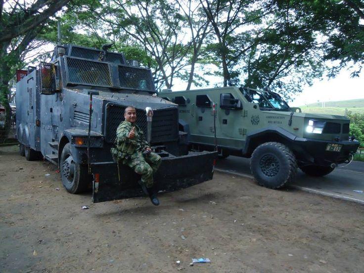 ESMAD- ESCUADRÓN MÓVIL ANTI DISTURBIOS DE LA PNC. - Página 5 - América Militar