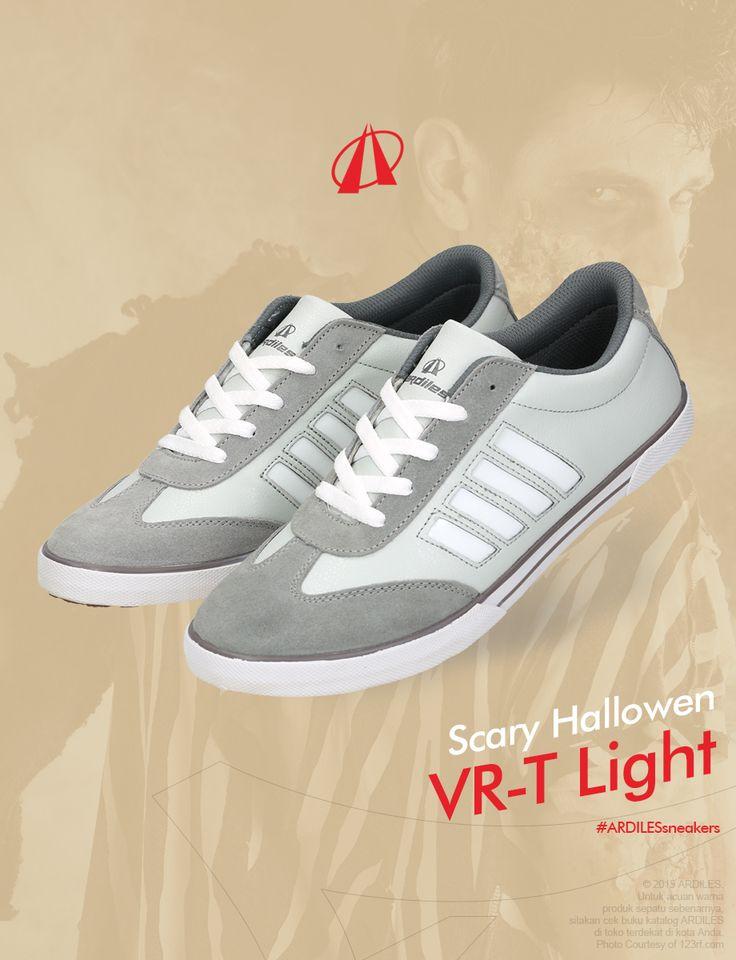 Ardiles Sneakers Lovers, pesta Halloween memang bukan tradisi Timur. Tapi bila kamu ingin iseng saja merayakan bersama teman-teman sekedar untuk bercengkerama dan having fun oke-oke aja. Kamu pasti butuh kostum yang seram-seram. Buat sekreatif mungkin dan ditunjang dengan make up yang baik.  Apa pun kostummu supaya lebih nyaman dalam gerak pakailah sneakers. Kalau kamu belum siap sneakers segera saja membeli sneakers Ardiles di www.ardilesmetro.com selamat pesta halloween.