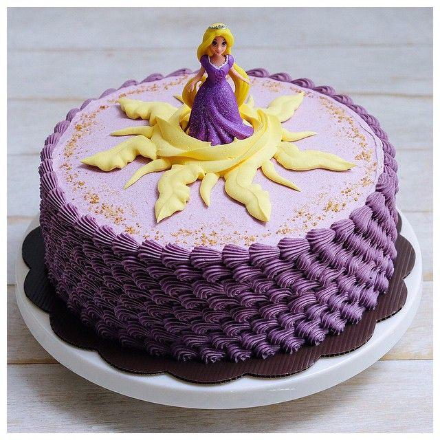 And then I'll brush and brush and brush and brush my hair - Rapunzel cake