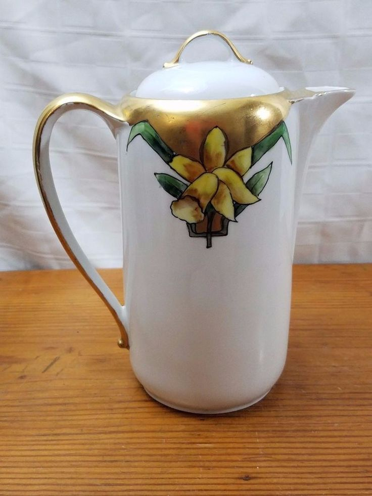 Vintage Art Deco Three Crown China Floral Chocolate Pot with Daffodil and gold design, Gold Handle