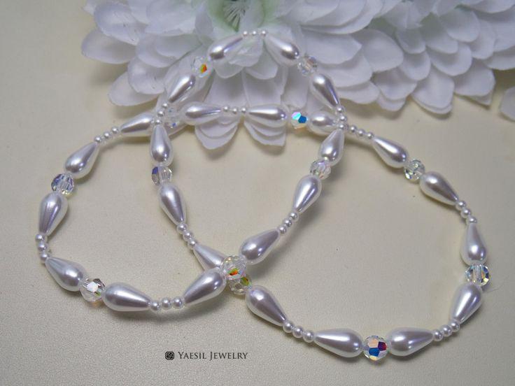Bride's Necklace, Swarovski Crystal & Faux Pearl Necklace, Elegant Stretch Necklace by YaesilJewelry on Etsy