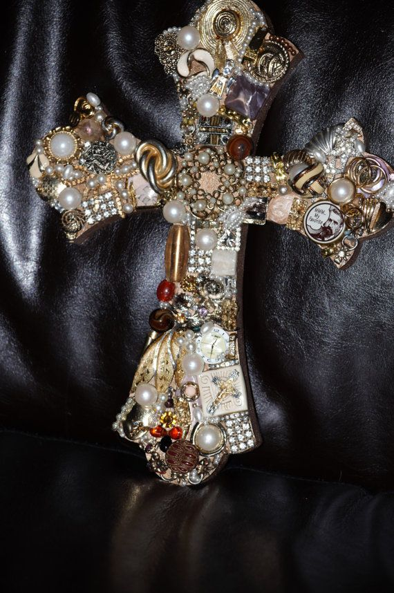 I have lots Jewels in saving and perfect for make cross some cherish from my grandmother and mom and few friends... great ideas!