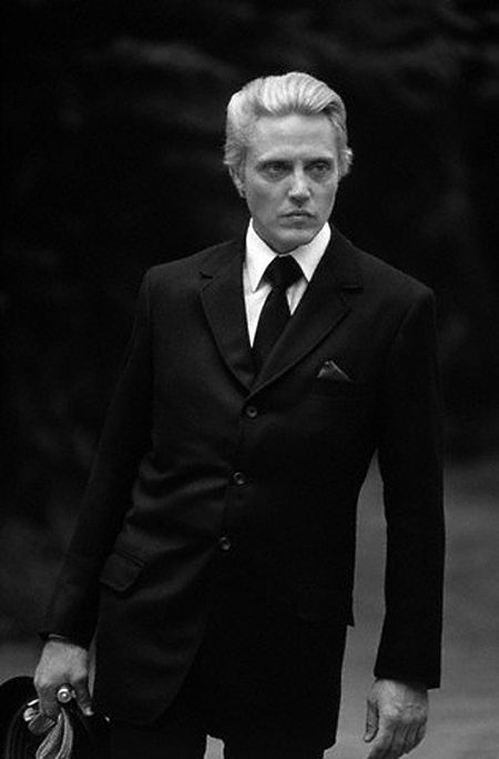 christopher walken: dearie me........DIDN'T RECOGNIZE HIM WITH BLONDE HAIR.......LIKE HIM.....GOOD ACTOR.....EXCELLENT VOICE INFLECTION....SO MUCH SO THAT HE IS OFTEN IMITATED BY SO MANY OTHERS…I CAN STILL SEE HIM DANCING ON TOP OF A BAR ………GOOD, GOOD DANCER………ccp
