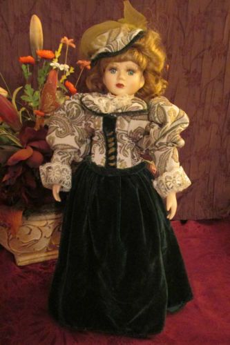 Collect-porcelain-Victorian-doll-made-in-Taiwan-Republic-China-very-nice