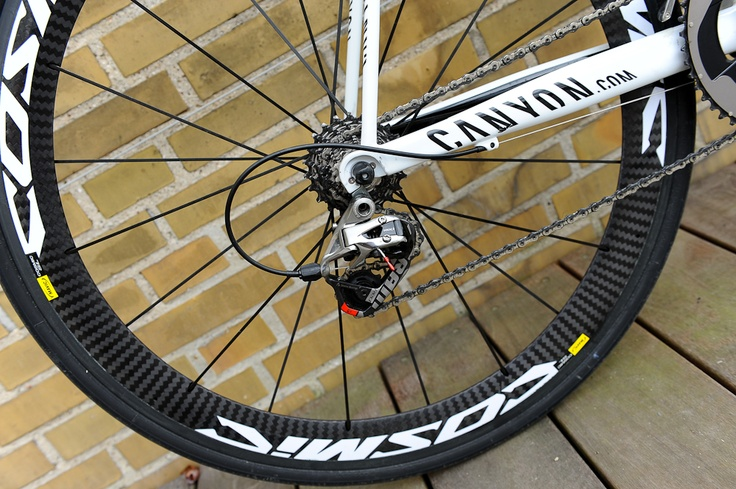 My 2012 Mavic Cosmic SLE WTS wheelset. Good stuff.