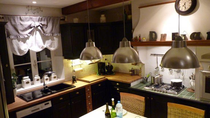 cuisine relook e h oui je ne voulais pas de blanc pour ma cuisine j 39 ai opt pour le noir. Black Bedroom Furniture Sets. Home Design Ideas