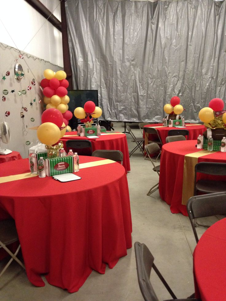 Football party decoration football theme party for 49ers bathroom decor
