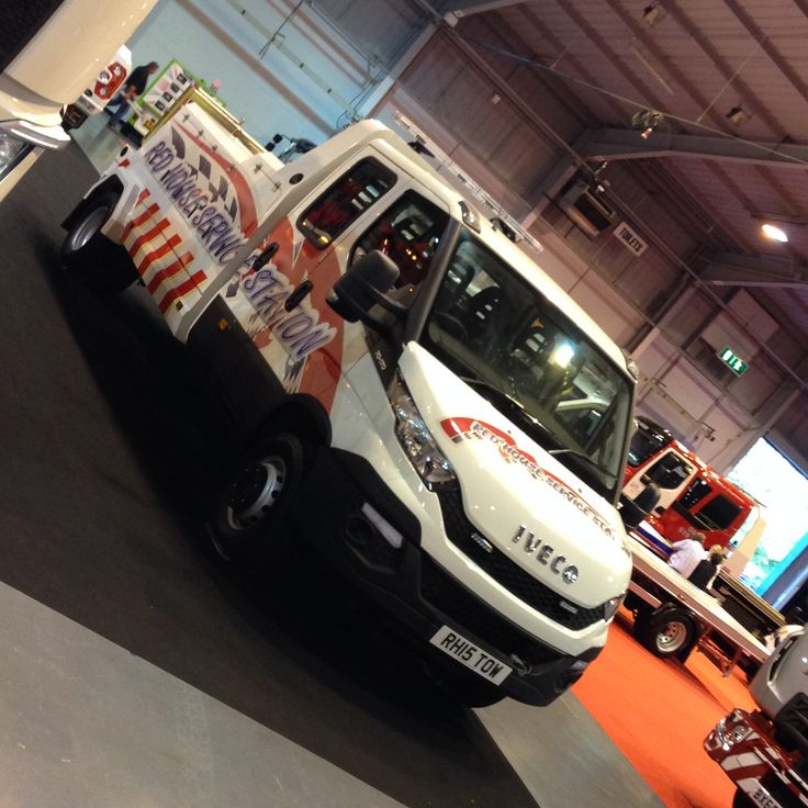 https://flic.kr/p/ywTrh4 | Red House Service Station - RH15TOW | Iveco Daily Speclift (David Bland Engineering) Professional Recovery Tow Show 2015