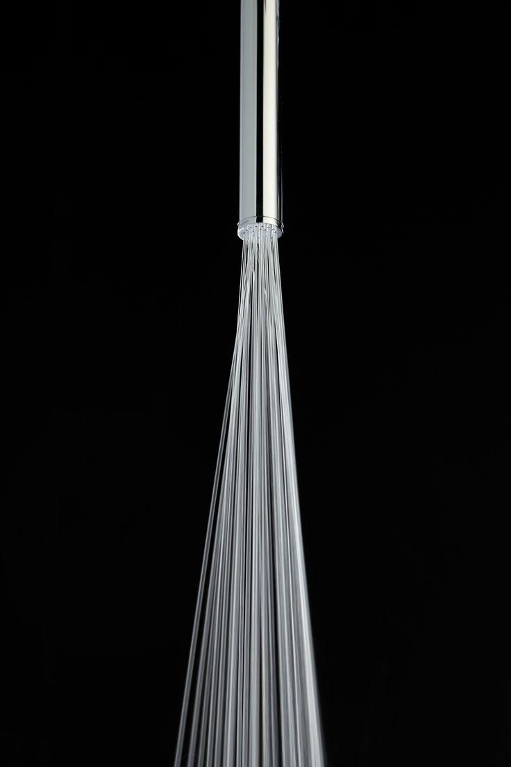 Kopfbrause aus Edelstahl im modernen Stil mit 1 Strahlart Vertical Jet - Rain spray by Bossini Design Bossini