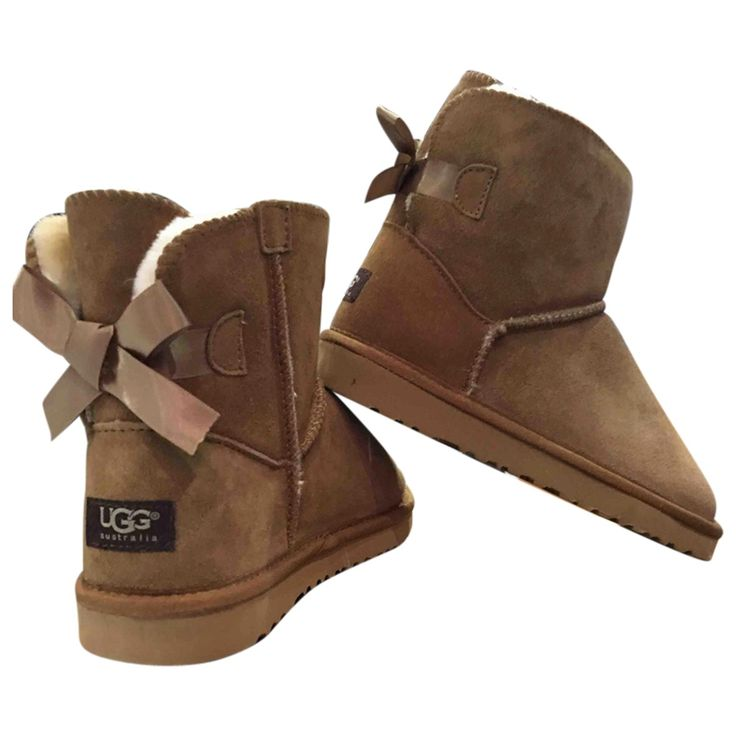 Bow boots | UGG | Catchys